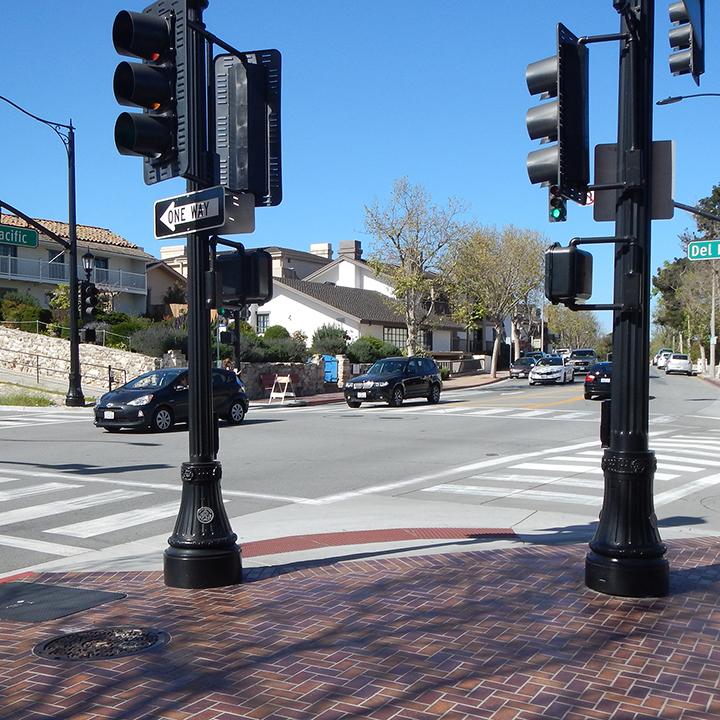 Del Monte Avenue / Pacific Street